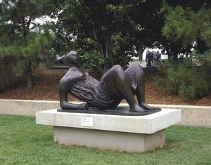 Henry Moore - Draped Reclining Figure