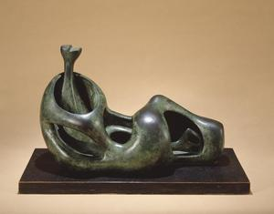 Henry Moore - Reclining Figure, Internal and External Forms
