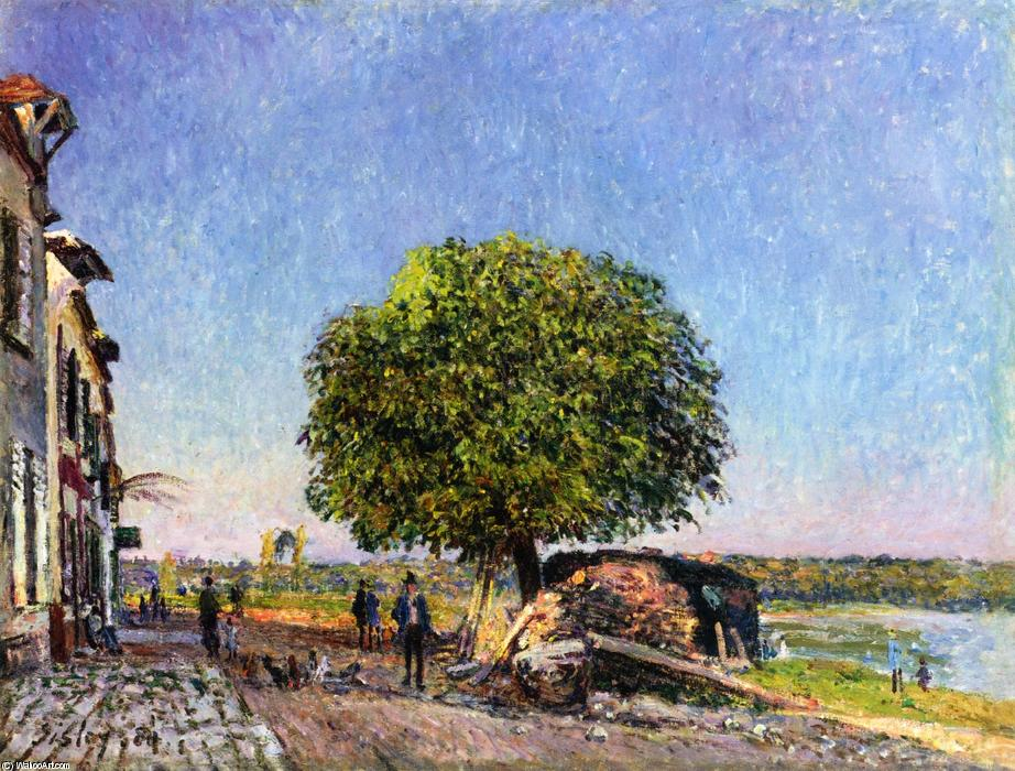 Le Marronier à Saint-Mammes, 1880 by Alfred Sisley (1839-1899, France) | Oil Painting | WahooArt.com