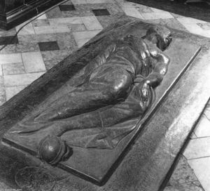 Nicholas The Elder Stone - Tomb of Sir William Curle