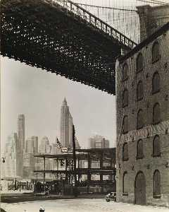 Berenice Abbott - Brooklyn Bridge, Water and Dock Streets, Brooklyn