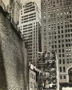 Berenice Abbott - Washington Street no. 37 Manhattan