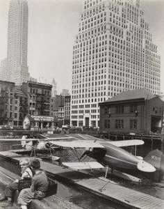 Berenice Abbott - Downtown Skyport, Foot of Wall Street, Manhattan