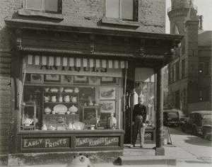 Berenice Abbott - Muller's Antique Shop, Greenwich Avenue and West 10th Street