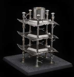 Boris Bally - Stacked Pentagon Candle Sculpture (3 of 4)