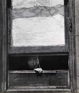 Leon Levinstein - Untitled (window shade, old person resting chin on hand)